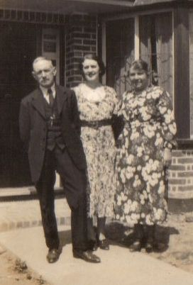 Ted and Clara Burton (Southampton) with friend