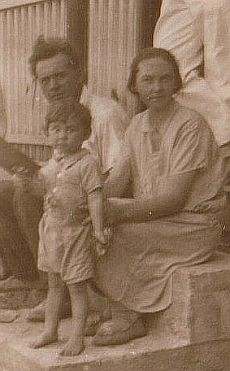 Wallace Evans and Mary Theresa Hamilton (Evans) with son David, c1930, 10 Macalister St, Mackay QLD
